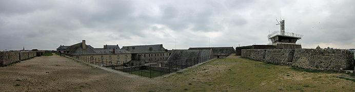 Citadelle de Port-Louis (6) - Batiments intérieurs - Sémaphore.jpg