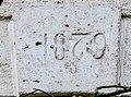 Clé de linteau, datée de 1879.jpg