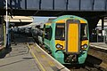 Clapham Junction railway station MMB 15 377155.jpg