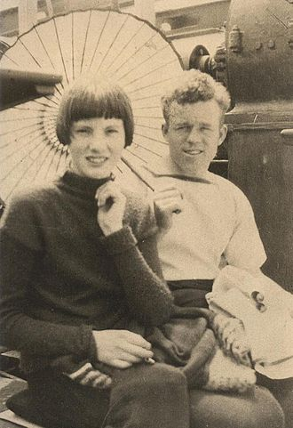 Claude Choules - Choules and his future wife Ethel Wildgoose, aboard SS Diogenes, 1926