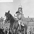 Coolsingel van Rotterdam, een delegatie uit Berkel-Rodenr te paard om de gemeent, Bestanddeelnr 915-2376.jpg