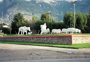 Coyhaique - Monument to the shepherd
