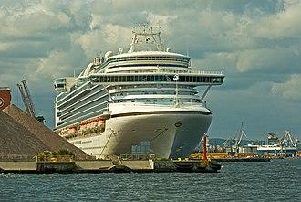 Crown Princess (ship) - Image: Crown princess