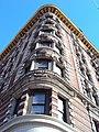 Curved Corner - Harlem (4592970553).jpg