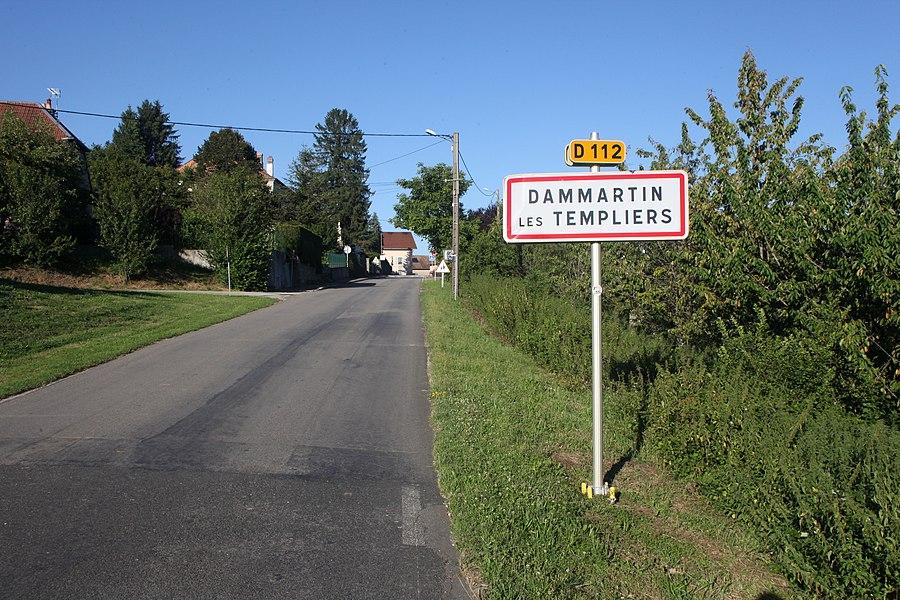 Entrée de Dammartin-les-Templiers (Doubs).
