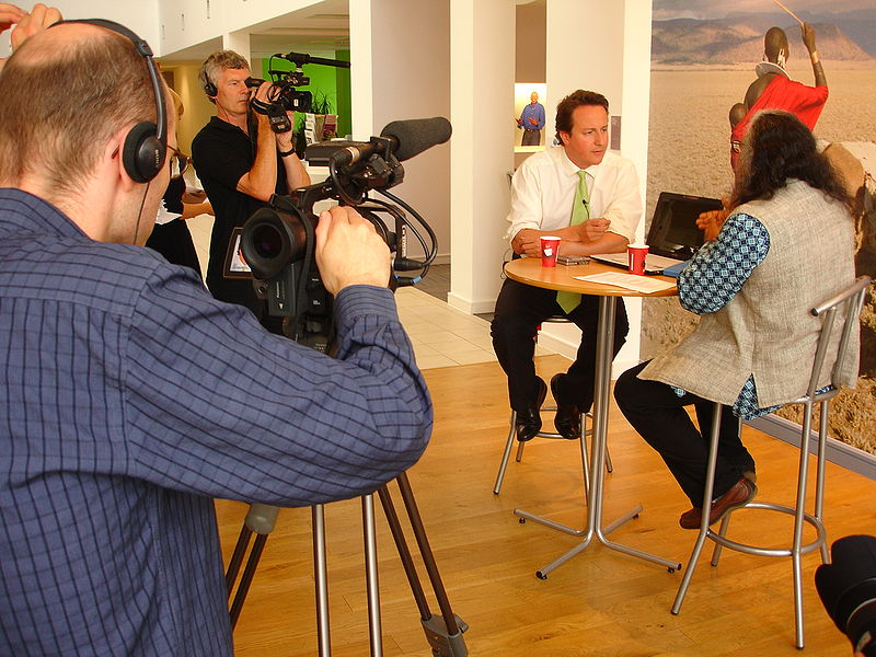 File:David Cameron interview and photo shoot at Oxfam HQ, Oxford, 29 June, 2006.jpg