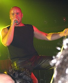 David Draiman at Starland Ballroom 2004.jpg