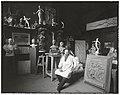 De beeldhouwer Abraham Hesselink in zijn atelier (RP-F-00-2591).jpg