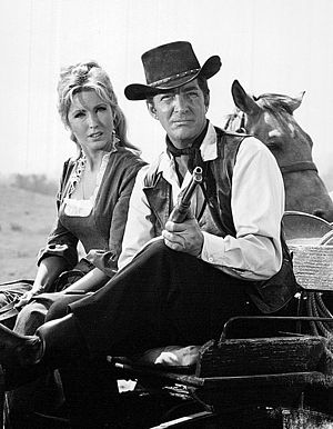 Laura Devon - Devon and Dean Martin in Rawhide (1964)