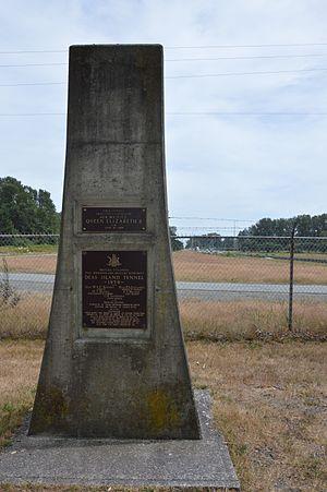 George Massey Tunnel - George Massey Tunnel dedication plaque