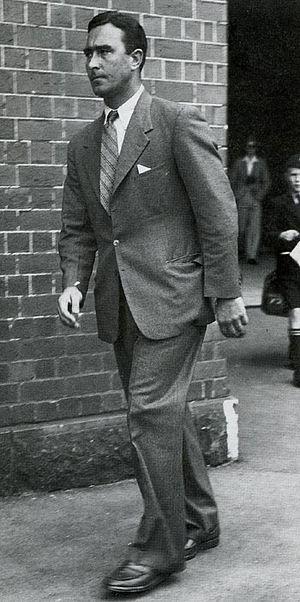 Denis Compton - Denis Compton