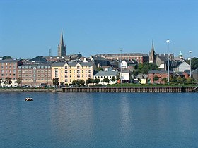 Derry Waterfront - geograph.org.uk - 2166.jpg