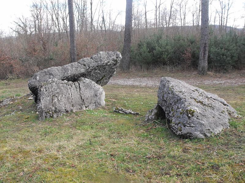Dolmen de la Châtre, Santoche, Doubs, France