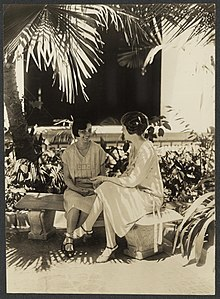 Doris Stevens, right 276050v.jpg