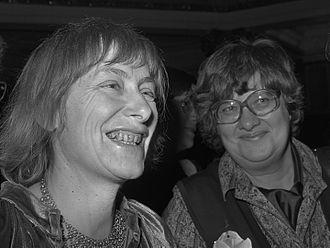 Dorothee Sölle - Sölle (left) in 1981
