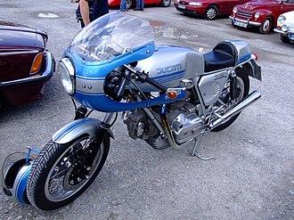 Ducati SuperSport - 900 Supersport