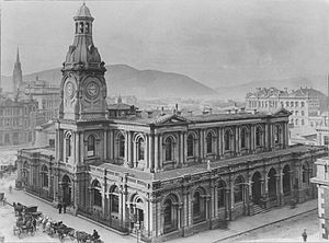 Princes Street, Dunedin - The Exchange Building, designed by William Mason and demolished in the 1960s to make way for John Wickliffe House, gave the area its name