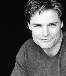 Description de l'image Dylan Neal publicity shot.jpg.