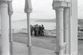 ETH-BIB-Gruppe auf Terrasse bei Oran-Nordafrikaflug 1932-LBS MH02-13-0117.tif