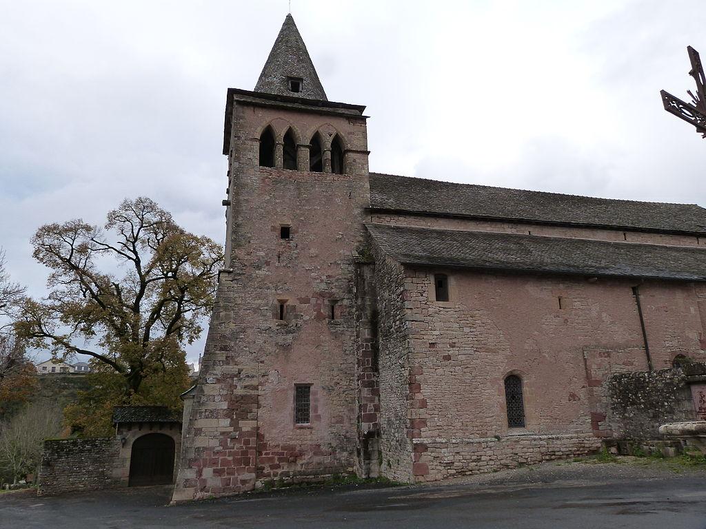 Eglise Sainte-Fauste.JPG