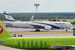 El Al, 4X-ECC, Boeing 777-258 ER (21178767159).jpg