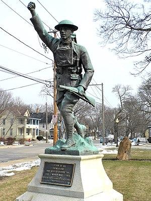 Elgin Historic District - World War I memorial in Davidson Park, at the corner of Villa and Prairie Streets.