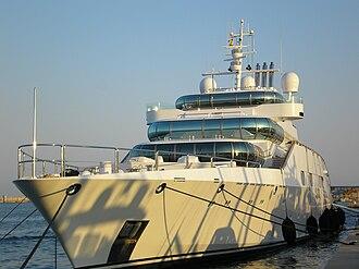 Enigma (yacht) - Near-front view of Enigma (Palma de Mallorca, 2006)