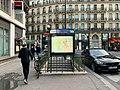 Entrée Station Métro Trinité Estienne Orves Paris 1.jpg