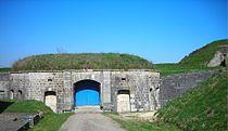 Entrée du fort de Villey-le-Sec.JPG