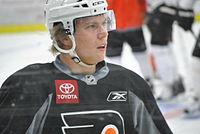 Erik Gustafsson (Philadelphia Flyers, 5 April 2011).jpg