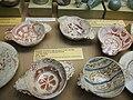 Escudelles d'orelletes amb decoració d'obra daurada a reflex metàl·lic de Manises o Paterna, Xàbia, Museu Soler Blasco.JPG