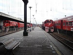 Retiro Belgrano railway station - Image: Ferrovias trains retiro