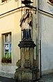 Figura św. Jana Nepomucena przy lubawskim ratuszu (Aw58).JPG