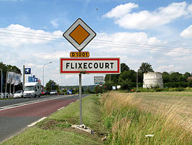 The road into Flixecourt