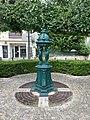 Fontaine Wallace Place Général Leclerc Orly 1.jpg