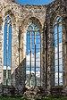 Friesach Kirchenruine Virgilienberg Apsis Maßwerkfenster 04092017 0732.jpg