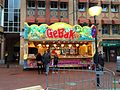 Gebakkraam Markt Eindhoven (15997903380).jpg