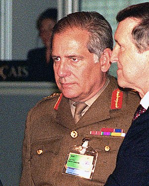 Charles Guthrie, Baron Guthrie of Craigiebank - Guthrie at a NATO defence ministers' meeting