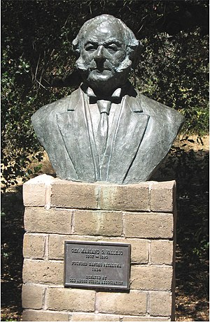Rancho Petaluma Adobe - A bust of General Vallejo at the park