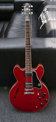 Gibson ES-335 red