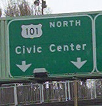 U.S. Route 101 in California - US 101 sign in San Francisco