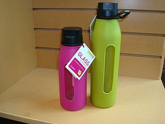 Water bottle - Glass water bottle with protective silicone sleeve