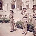 Glubb Pasha en koning Hussein bij een parade van de erewacht van het Arab Legion, Bestanddeelnr 255-9821.jpg