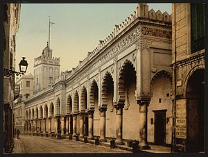 Djamaâ el Kebir - Image: Great mosque in the marine street, Algiers, Algeria LCCN2001697814