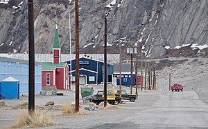Kangerlussuaq - Myers Avenue with church and congress centre
