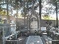 Groblje na otoku Braču.jpg