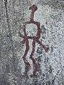 Hällristningar Tanum 1.1 människofigur med fallos och svärd.jpg