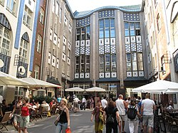 Hackesche Höfe Berlin1.JPG
