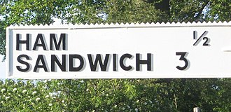 Finglesham - Image: Ham Sandwich finger post geograph.org.uk 302959