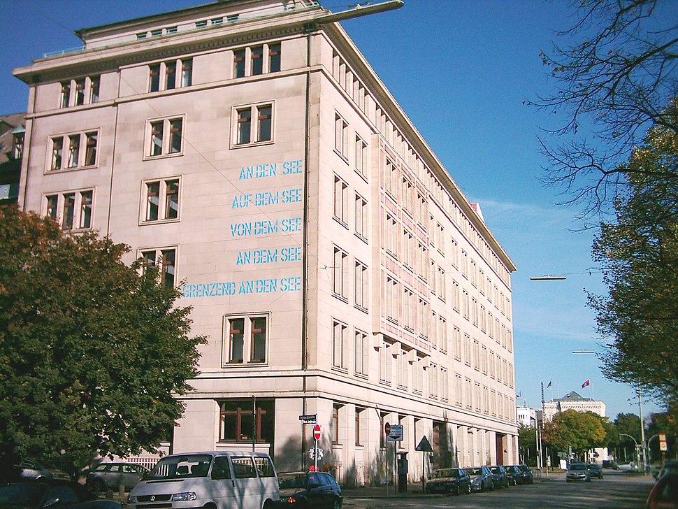 Hamburg Deutsche Zentralbibliothek für Wirtschaftswissenschaften 01